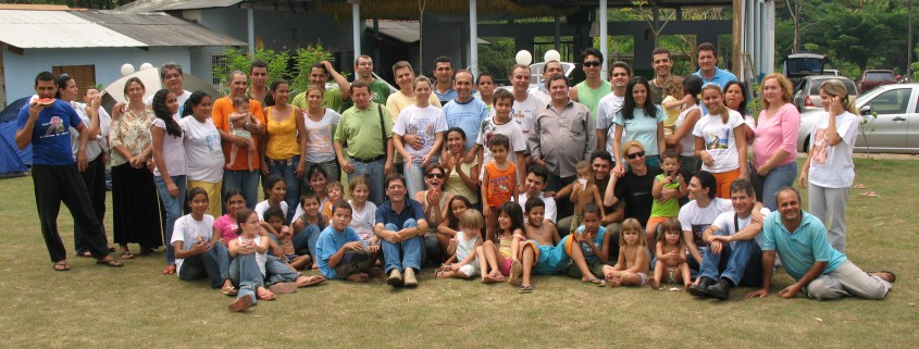 Preparo de Vegetal – Mestre Francisco (M. Central) e irmandade, 2007 | DMC/Núcleo Caminho Firme